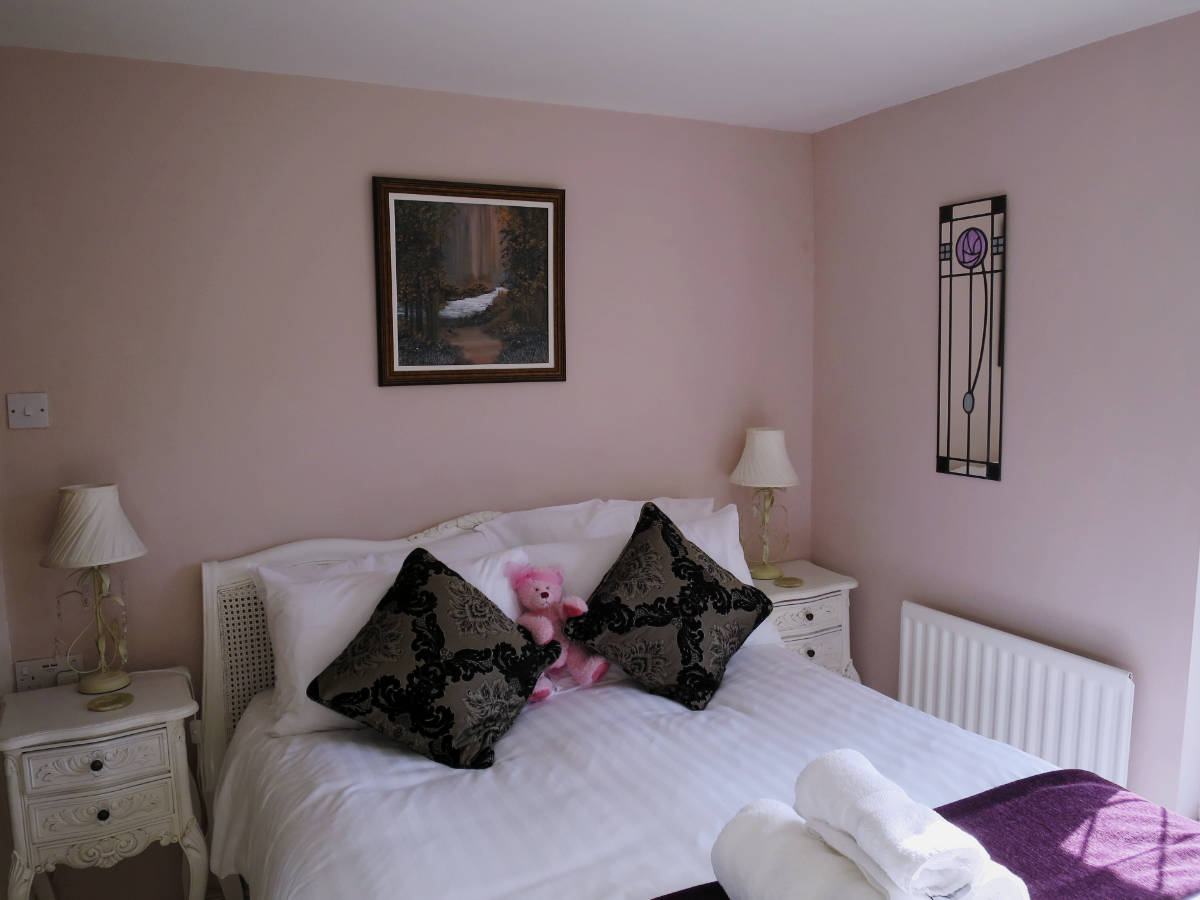 Penhill Double Room